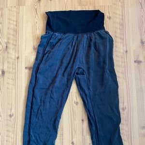 RARE | LULULEMON Relaxed Harem Pants